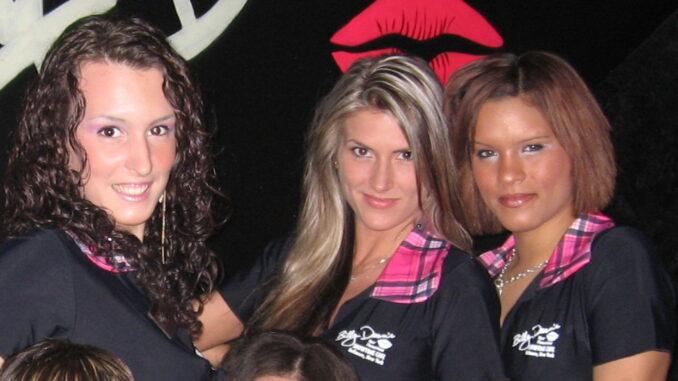 Billy Deans Schoolgirls 2005